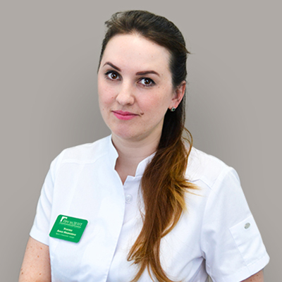 Ускова Анна Ивановна, врач стоматолог-имплантолог