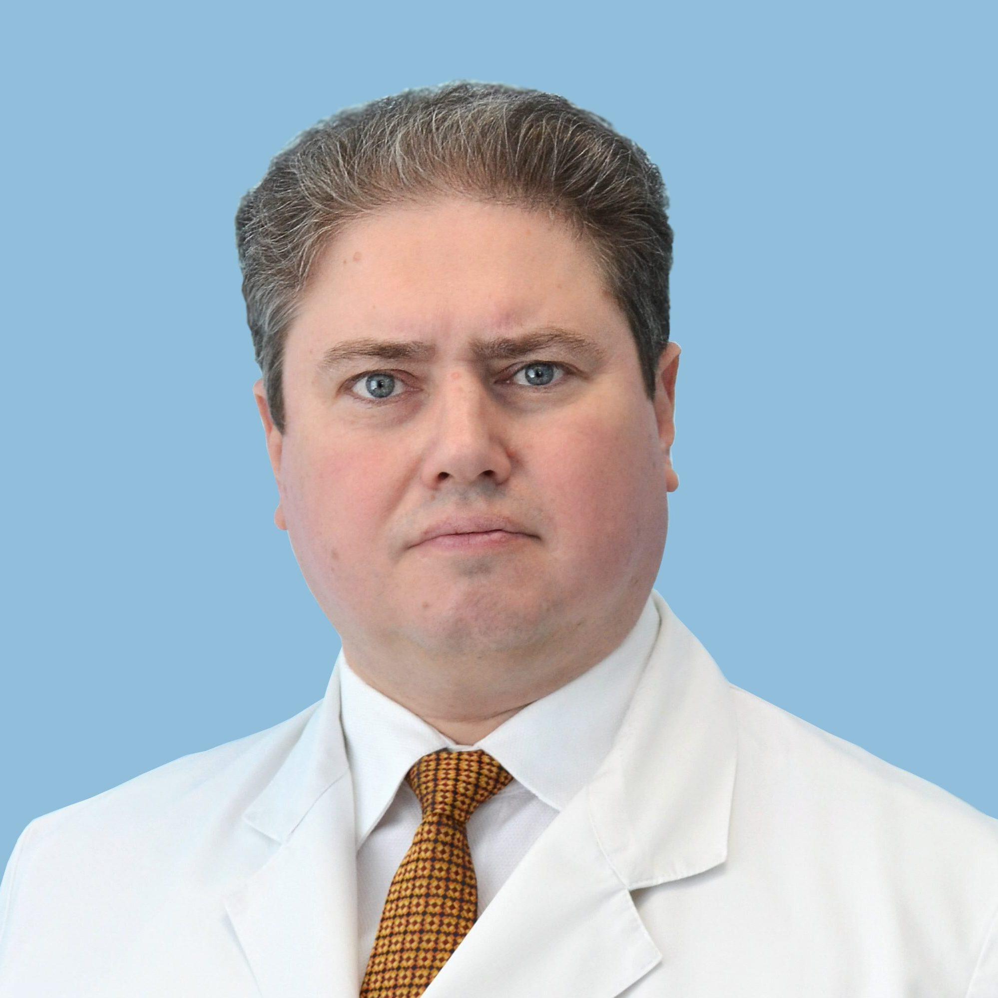 Филатов Роман Евгеньевич, врач-невролог высшей квалификационной категории, кандидат медицинских наук, старший научный сотрудник