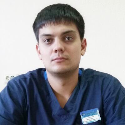 Мохов Дмитрий Андреевич, врач хирург